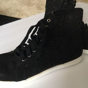 Forever 21 lace shoes